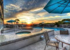Shell Island Resort - All Oceanfront Suites - Wrightsville Beach - Pool