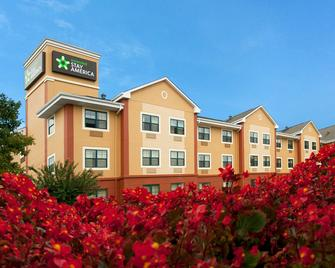 Extended Stay America - Columbia - Columbia Parkway - Columbia - Building