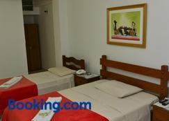 Max Hotel - Núcleo Bandeirante - Bedroom