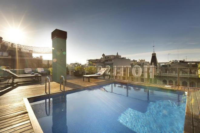 Onix Rambla - Βαρκελώνη - Πισίνα