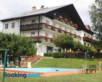 Hotel Semriacherhof - Friesach - Building
