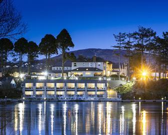 The Lakeside Hotel & Leisure Centre - Killaloe - Будівля