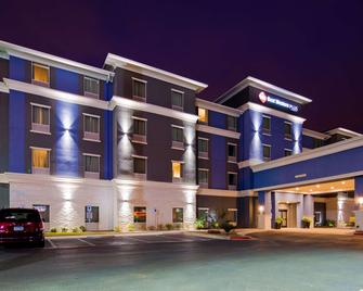 Best Western Plus Laredo Inn & Suites - Laredo - Gebouw