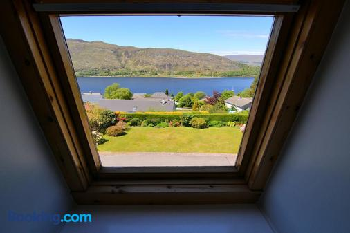 Lochview House - Fort William - Balcony
