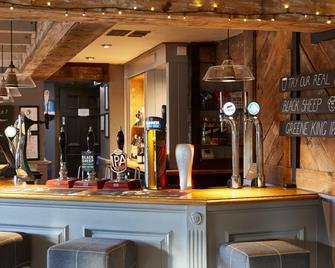 Cross Keys Hotel By Greene King Inns - Guisborough - Bar