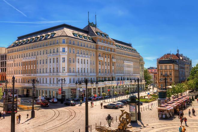 Radisson Blu Carlton Hotel Bratislava - Bratislava - Building
