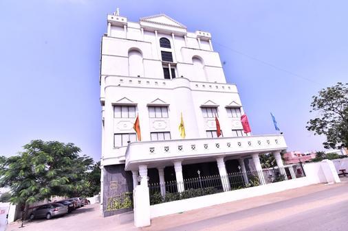 皇家夏恩飯店 - 清奈 - 建築