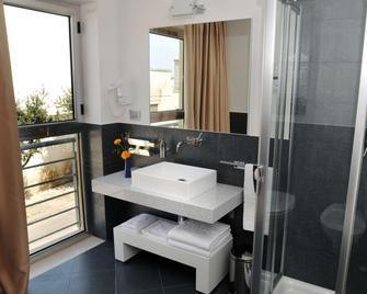 Hotel Monte Sarago - Ostuni - Bathroom