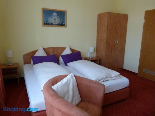 Hotel Holzhauer - Bad Wildungen - Bedroom