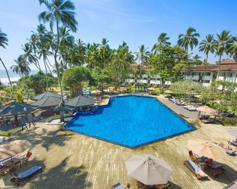 Tangerine Beach Hotel - Калутара - Басейн