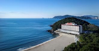 The Westin Chosun, Busan - Пусан - Пляж
