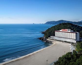 The Westin Chosun, Busan - Busan - Beach