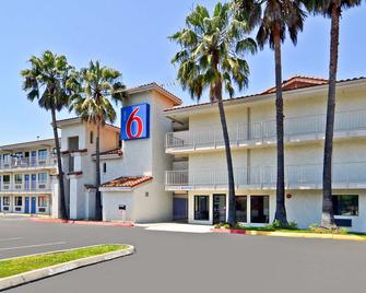 Motel 6 Fairfield - Napa Valley - Fairfield - Κτίριο
