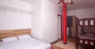 Hostel Hacienda Garcia - Jacó - Bedroom