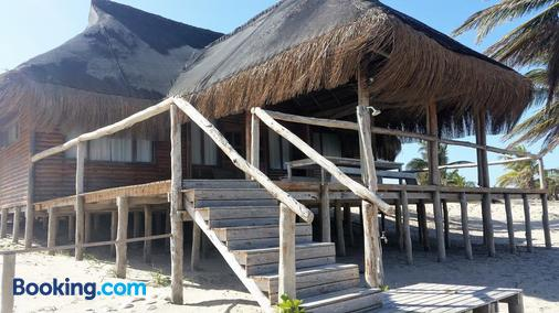 Pura Vida Lodge - Inhambane - Building