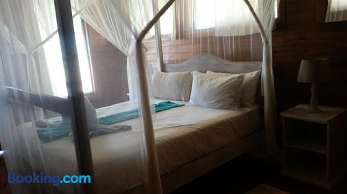 Pura Vida Lodge - Inhambane - Bedroom