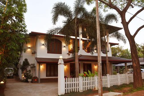 Sadula Holiday Resort - Anuradhapura - Anuradhapura - Toà nhà