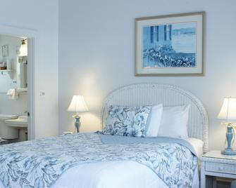 Red Horse Inn - Falmouth - Bedroom