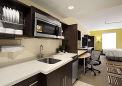 Home2 Suites by Hilton Greensboro Airport, NC - Greensboro - Bedroom