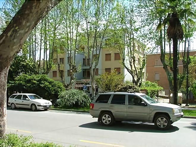 Hotel Moderno - Римини - Вид снаружи