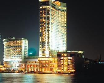 Grand Nile Tower - Каїр - Building
