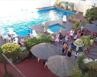 San Remo Resort Hotel - Santa Teresita - Басейн