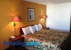 Brentwood Inn & Suites - Hobbs - Bedroom
