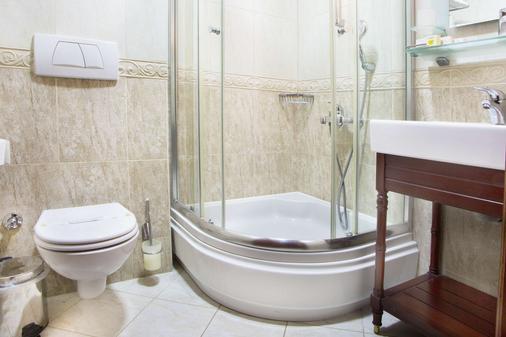 Best Western Empire Palace - Istanbul - Bathroom