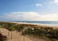 Quality Inn Oceanfront - Ocean City - Beach