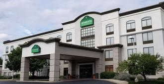 Wingate by Wyndham Charlotte Airport South/ I-77 Tyvola - Charlotte - Gebäude