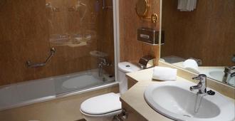 Hotel Sercotel Alcalá 611 - Madrid - Bad