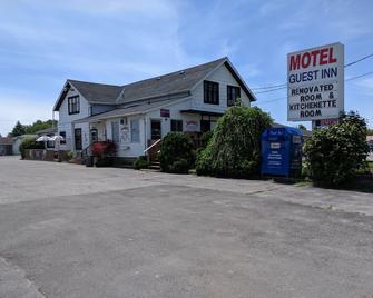Guest Inn - Trenton - Gebäude