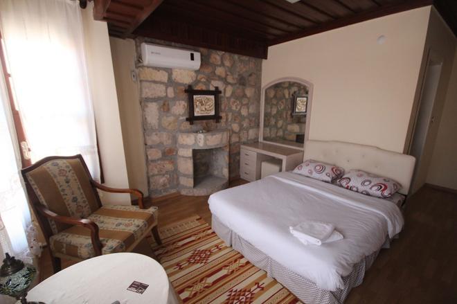 Munchen Pension - Antalya - Bedroom