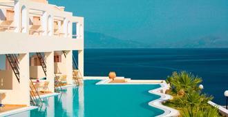 Mitsis Family Village Beach Hotel - Kardamena - Pool