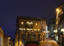 Hotel Titano - San Marino - Gebouw