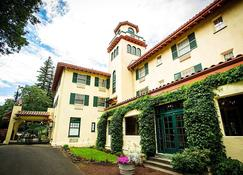Columbia Gorge Hotel & Spa - Hood River - Bygning