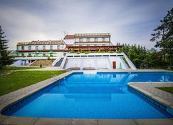 Resort Vyhlidka Slovice - Svinarov - Pool