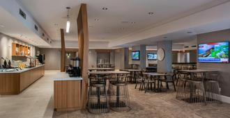 SpringHill Suites by Marriott New Orleans Downtown/Convention Center - ניו אורלינס - מסעדה