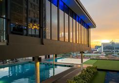 米拉卡松酒店 - 馬六甲 - 馬六甲 - 游泳池
