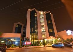 House Inn Apart Hotel - Santa Cruz de la Sierra - Gebäude