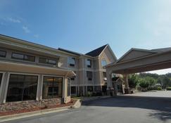 Country Inn & Suites by Radisson, Canton, GA - Canton - Building