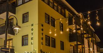 Hotel Touring Livigno - ליביניו - בניין