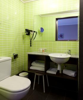 Hostal Venecia - Valencia - Bathroom
