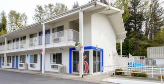 Motel 6 Kelso - Mt St Helens - Kelso - Gebäude