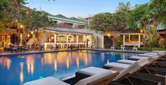 Sagara Villas And Suites - Denpasar - Pool