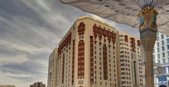 Elaf Taiba Hotel - Medina - Outdoors view