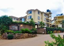The City Royal Resort Hotel - Kampala - Building