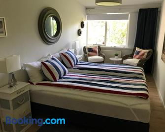 Trouville Bed & Breakfast - Hornbaek - Schlafzimmer