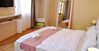 Meidan Inn - Tbilisi - Bedroom