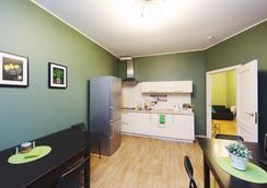 Compass Mini-Hotel - Saint Petersburg - Kitchen